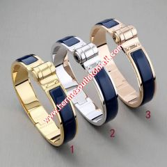 Hermes Hinged Enamel Bracelet In Navy Blue
