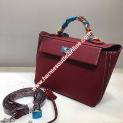Hermes Taurillon Maurice Bag Calfskin Palladium Hardware In Burgundy