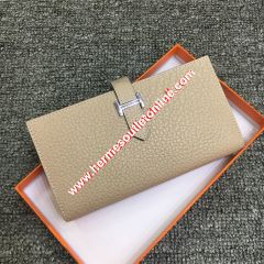 Hermes Bearn Wallet Togo Leather Palladium Hardware In Apricot