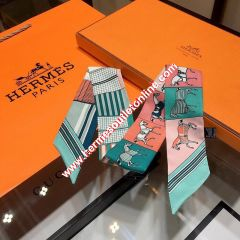 Hermes Courvertures Nouvelles Vichy Twilly In Green